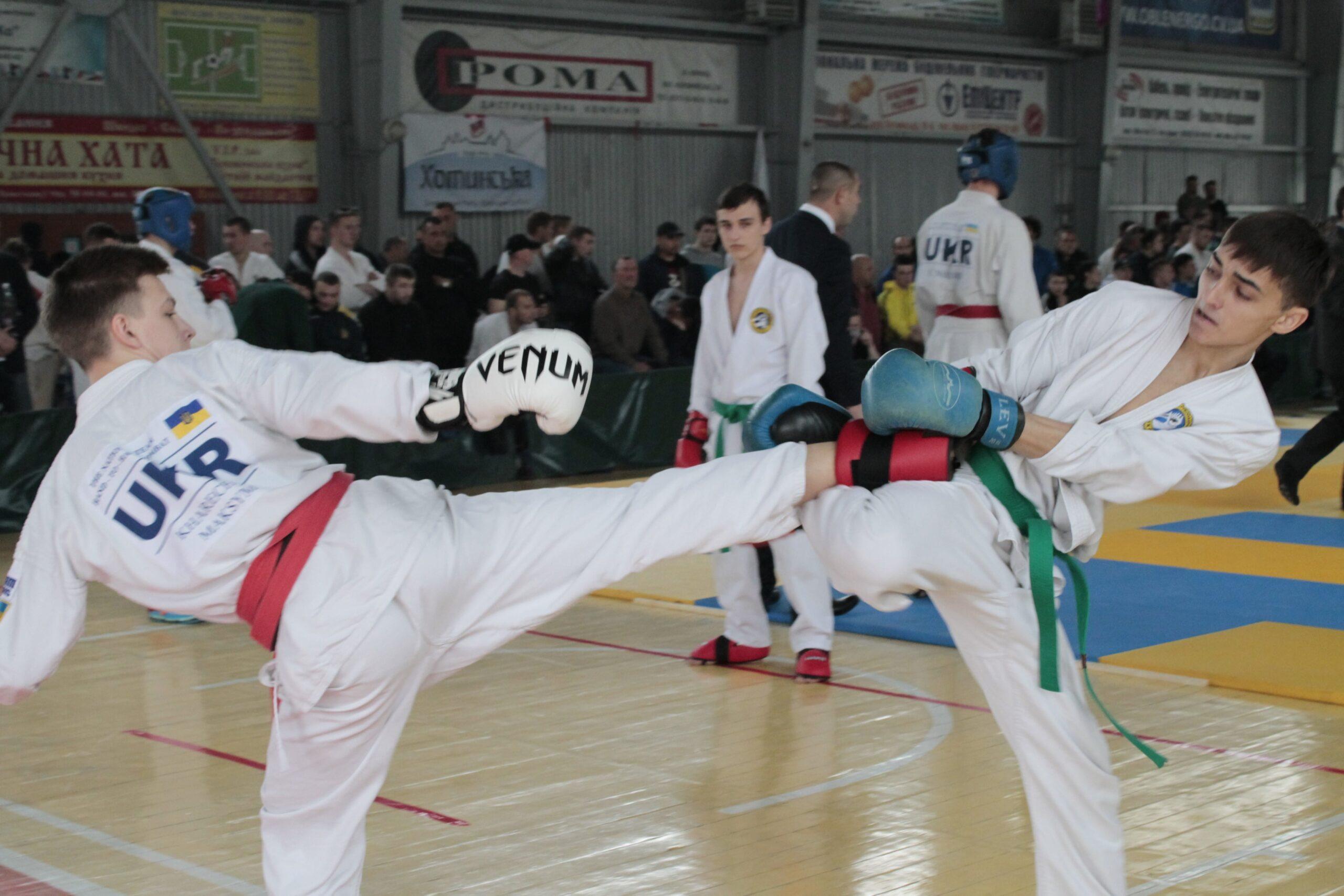 Чемпионат Украины среди взрослых — 2016
