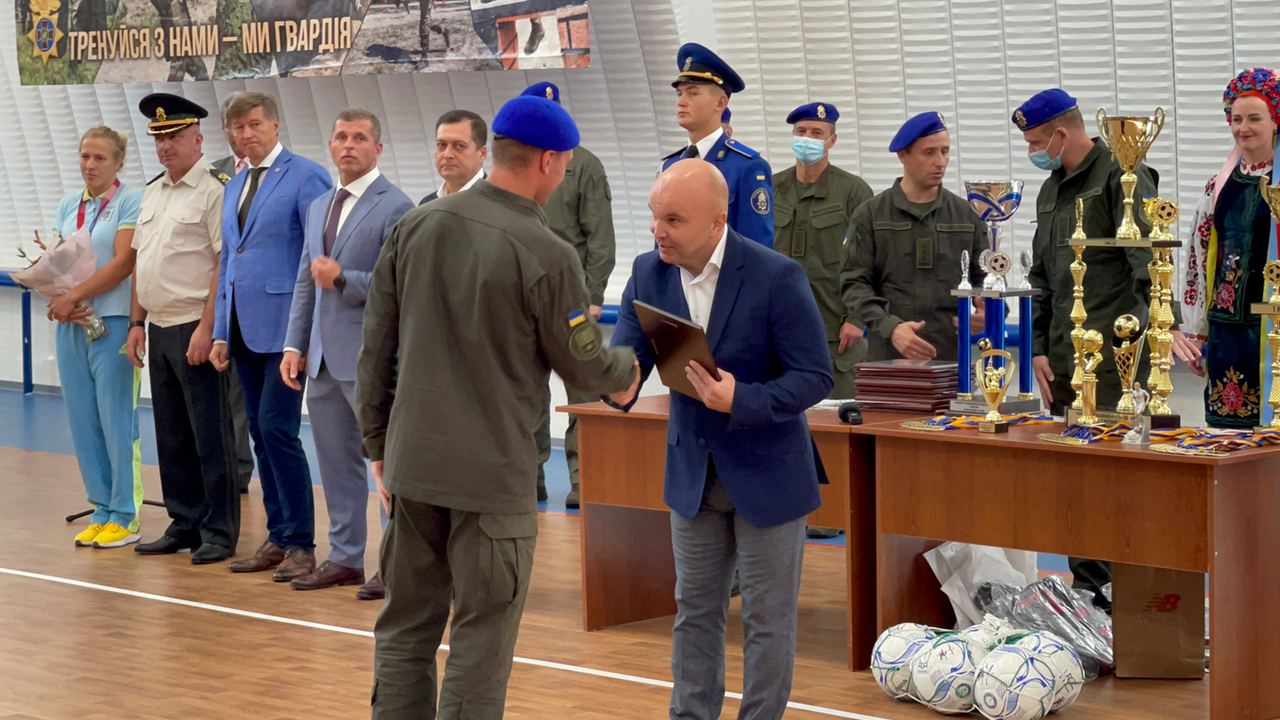 The members of the National Guard were awarded the Certificates of Gratitude of the Federation